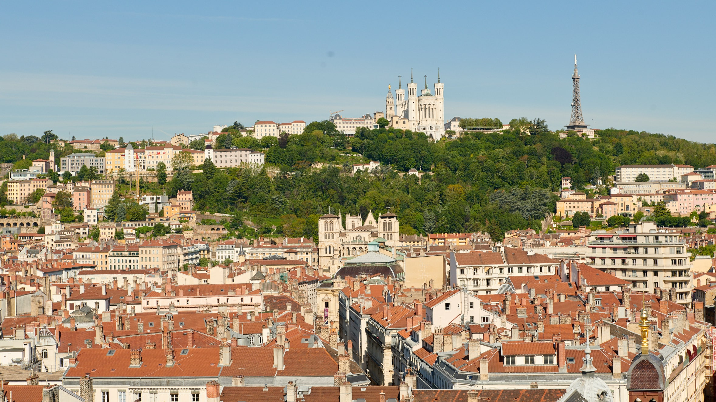 InterContinental Lyon - Hotel Dieu - Hotel de Luxe -vue basilique de fourviere - decouvrir lyon