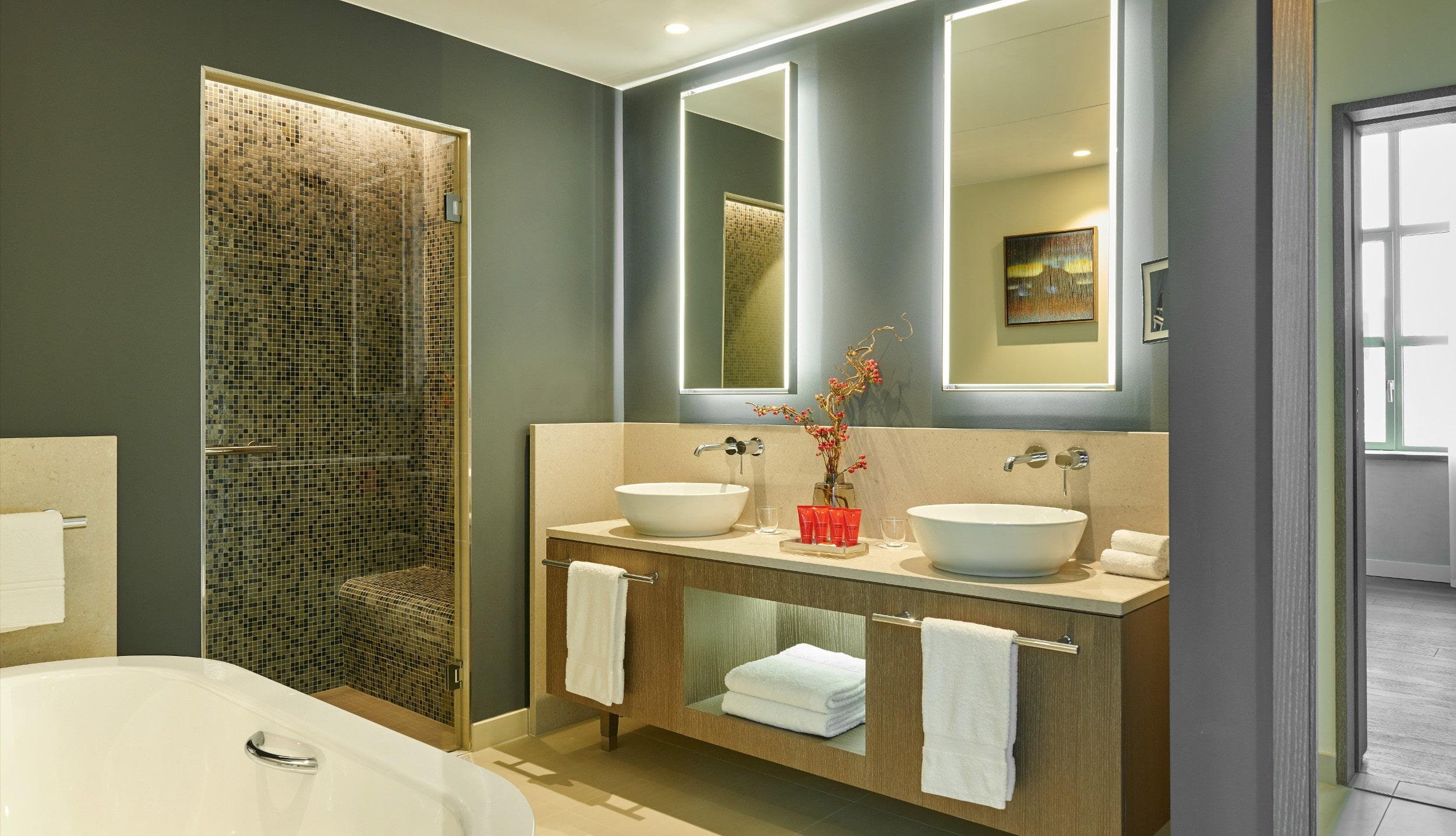 InterContinental Lyon - Hotel Dieu - Salle de Bains - Suite Duplex - lune de miel - mariage
